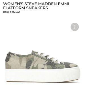 . Steve Madden • Emmi flatform sneaker